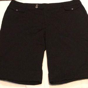 Dressy Black long shorts SZ 16 Cato EUC